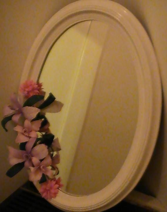 espejo decorado con orquidea en goma eva flores en goma